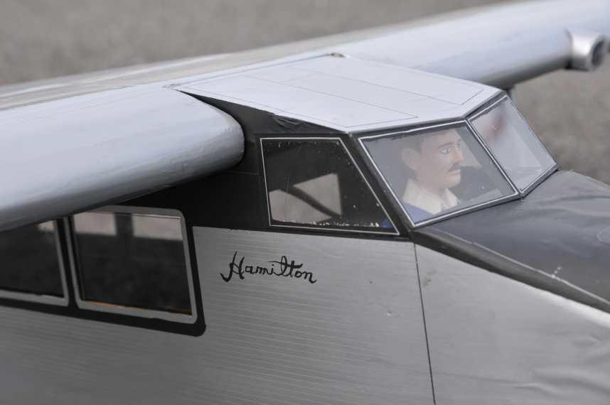 Metalplane detail 1